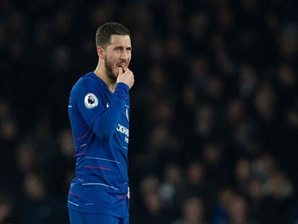 Sarri bị học trò nghi ngờ sau trận thua Arsenal