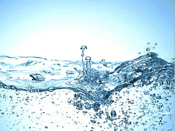 Mộng thấy nước điềm lành hay giữ