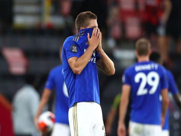 Leicester mở đường cho M.U lên top 3