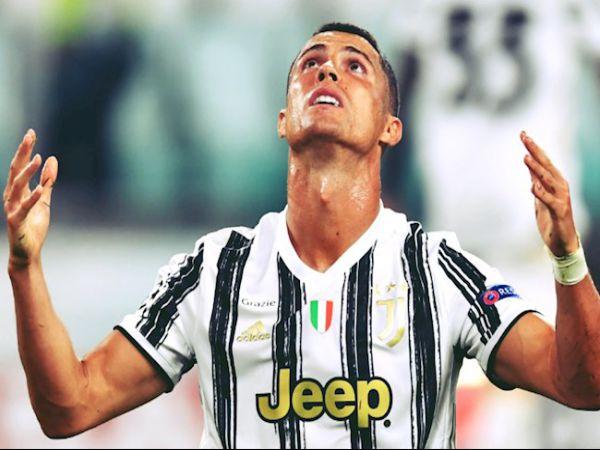 Tin bóng đá tối 18/1: Ronaldo mờ nhạt, Juve bại dưới tay người cũ