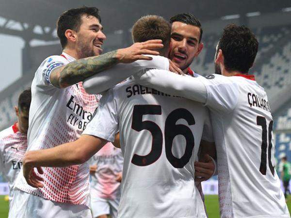 Soi kèo tỷ lệ trậnAC Milan vs Sassuolo (23h30 21/4)