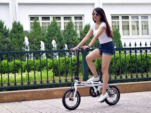 Hướng dẫn đi xe đạp đúng cách cho người mới bắt đầu